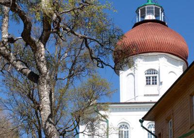 Церковь-маяк на Секирной горе